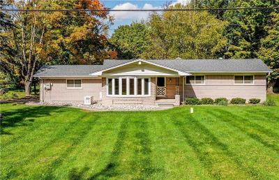 Clarkston Single Family Home For Sale: 8160 Foster Rd