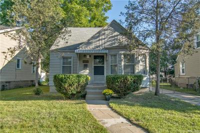 Ferndale Single Family Home For Sale: 1606 W Hazelhurst St