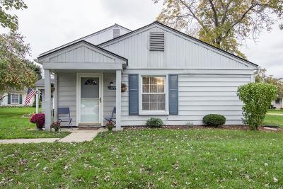 Lake Orion Condo/Townhouse For Sale: 2672 Wildwood Crt