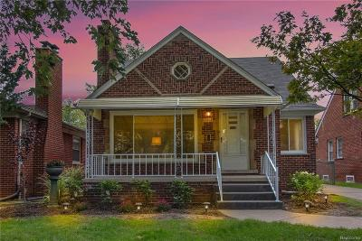 Dearborn Heights Single Family Home For Sale: 7315 Colonial St