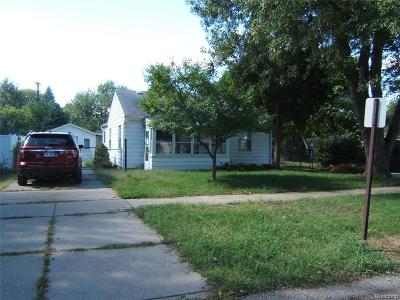Westland Single Family Home For Sale: 1376 S Harvey Ave