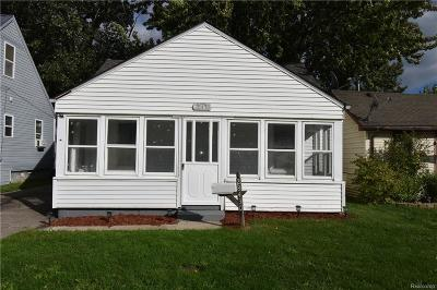 Roseville Single Family Home For Sale: 28430 Jahns Dr