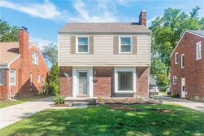 Grosse Pointe Woods Single Family Home For Sale: 1218 Hampton Rd