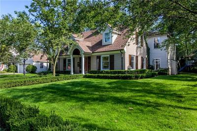Beverly Hills Single Family Home For Sale: 18500 Hillcrest St