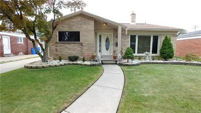 Dearborn Heights Single Family Home For Sale: 6751 N Charlesworth St St