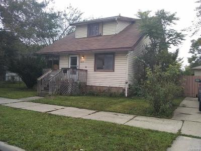 Lincoln Park Single Family Home For Sale: 1058 Fort Park Blvd