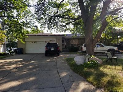 Oakland Single Family Home For Sale: 3006 Shawnee
