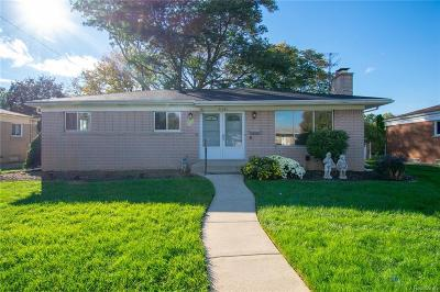 Warren Single Family Home For Sale: 31301 Louise Dr