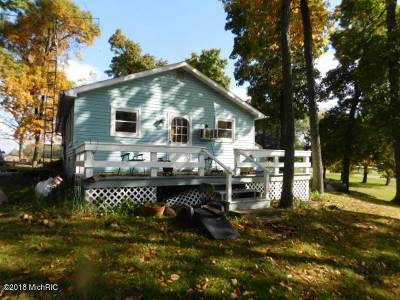 Single Family Home For Sale: 537 E Southern