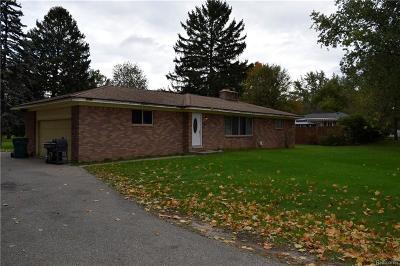 Clarkston Single Family Home For Sale: 4736 Pelton Rd