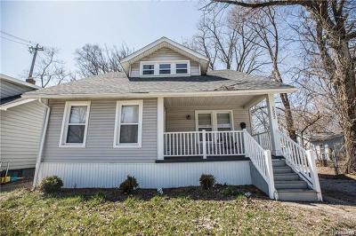 Royal Oak Single Family Home For Sale: 1532 S Campbell Rd