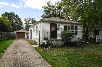 Saint Clair Shores Single Family Home For Sale: 22404 Ridgeway St