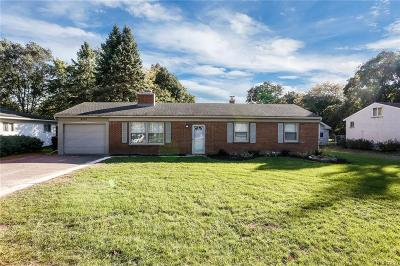 Shelby Twp Single Family Home For Sale: 4310 23 Mile Rd