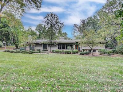 Franklin Single Family Home For Sale: 25958 Hersheyvale Dr