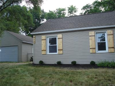 Oakland Single Family Home For Sale: 345 Charlevoix
