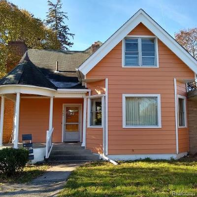 Belleville Multi Family Home For Sale: 167 Main St