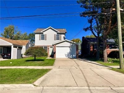 Single Family Home For Sale: 22495 E 10 Mile Rd