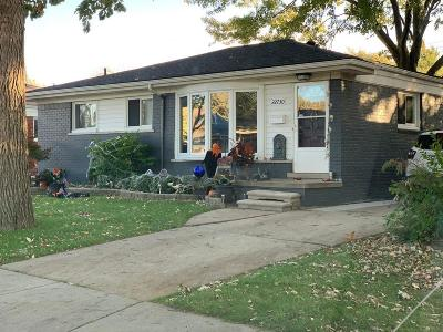 Saint Clair Shores Single Family Home For Sale: 22730 Playview
