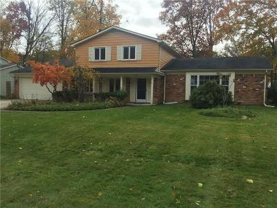 West Bloomfield Single Family Home For Sale: 5557 Northcote