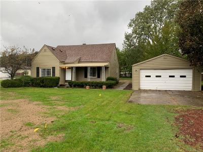 Troy Single Family Home For Sale: 2113 Stirling Dr