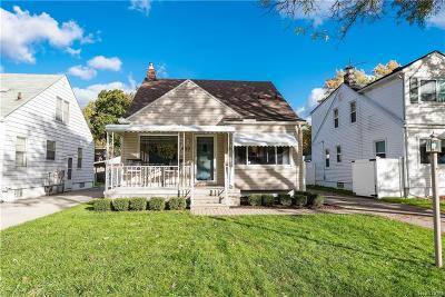 Royal Oak Single Family Home For Sale: 509 S Campbell Rd