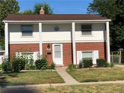 Madison Heights Single Family Home For Sale: 28688 Hales St