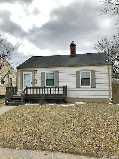 Harper Woods Single Family Home For Sale: 19104 Washtenaw St