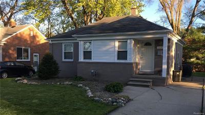 Royal Oak Single Family Home For Sale: 1005 W Twelve Mile Rd