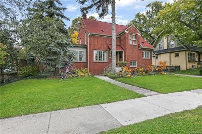 Royal Oak Single Family Home For Sale: 708 W Lincoln Ave