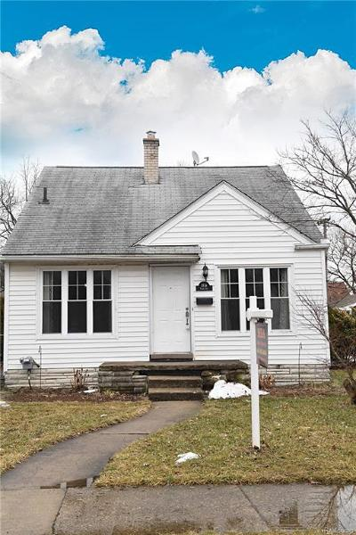 Berkley Single Family Home For Sale: 1814 Tyler Ave
