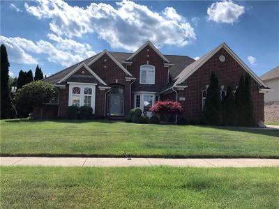 Sterling Heights Single Family Home For Sale: 43497 Fireberry Dr