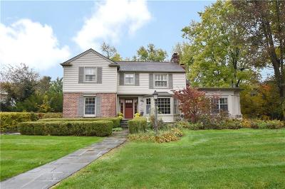 Bloomfield Hills Single Family Home For Sale: 2209 Pine St