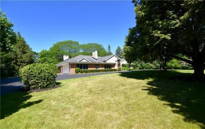 Bloomfield Hills Single Family Home For Sale: 4840 Stoneleigh Rd