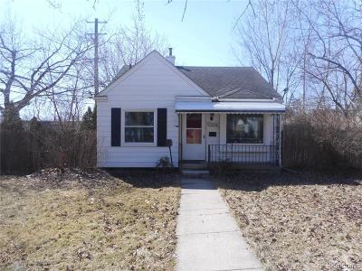 Royal Oak Single Family Home For Sale: 2224 Guthrie Ave