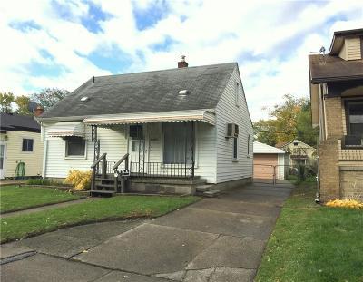Hazel Park Single Family Home For Sale: 23801 Couzens Ave