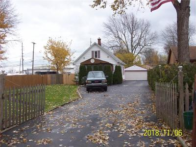 Harrison Twp Single Family Home For Sale: 36214 Marilac St