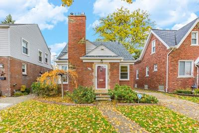 Grosse Pointe Farms Single Family Home For Sale: 476 Calvin Ave