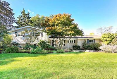 Beverly Hills Single Family Home For Sale: 18641 E Chelton Dr