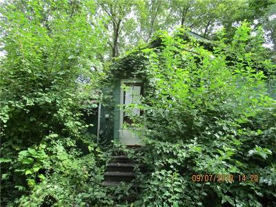 Saint Clair Shores Single Family Home For Sale: 21901 Laukel St
