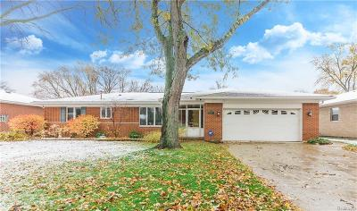 Dearborn Heights Single Family Home For Sale: 5700 Rosetta St