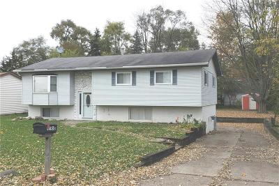 Shelby Twp Single Family Home For Sale: 47450 Pinecrest