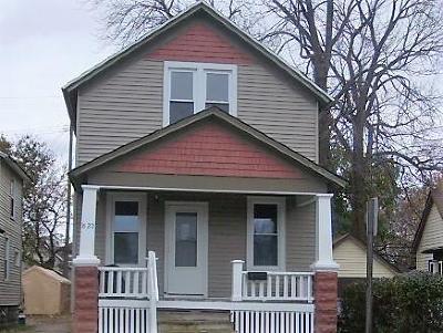 Port Huron Single Family Home For Sale: 822 White St.