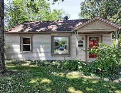 Royal Oak Single Family Home For Sale: 3172 Warick Rd