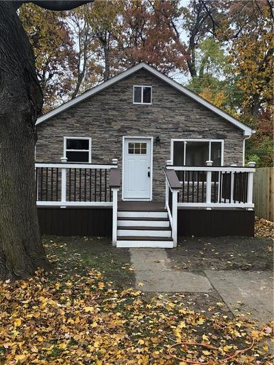 Ferndale Single Family Home For Sale: 918 Alberta St