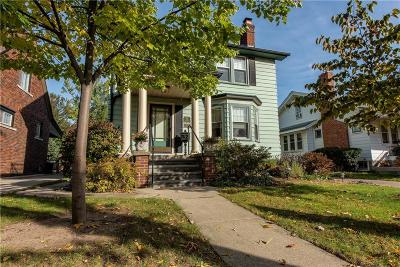Ferndale Single Family Home For Sale: 824 Withington St
