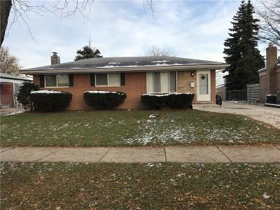 Macomb Single Family Home For Sale: 32404 Oakview Dr