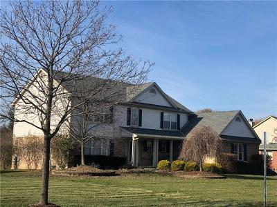 Canton Single Family Home For Sale: 2590 River Woods Dr N