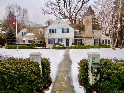 Bloomfield Hills Single Family Home For Sale: 1266 N Glengarry Rd
