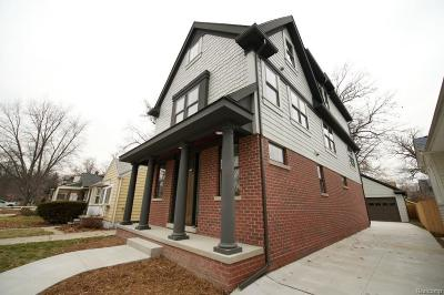 Royal Oak Single Family Home For Sale: 807 Hawthorn Ave