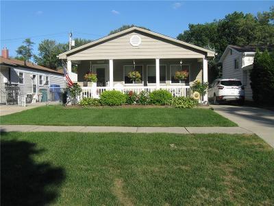 Berkley Single Family Home For Sale: 2936 Buckingham Ave